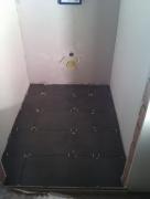 Цена ремонта двухкомнатной квартиры. Укладка плитки в туалете выполняется нашими мастерами быстро и качественно.