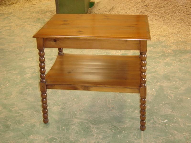 Цены на реставрацию мебели. Столик после реставрации.