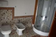 Частный мастер по ремонту квартир. Ремонт совмещенной ванной комнаты порадует Вас своей уникальностью.