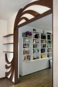 Частный мастер по ремонту квартир. Эксклюзивная отделка дверного проема, радует красотой и функциональностью.