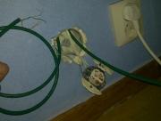 Cтоимость проводки электричества. Более точная цена определяется по количеству существующих точек после вызова электрика на дом.