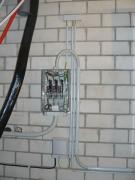 Дачный электрик. Монтаж распределительной коробки в доме на даче  - часть обычной работы наших электриков.