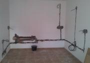 Электрика в квартире. Электрика в ванной комнате осуществляется скрытым способом перед окончательной отделкой стен.