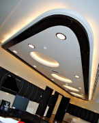 Элитный ремонт квартир. Современное освещение и красивый потолок - часть элитного ремонта квартиры.