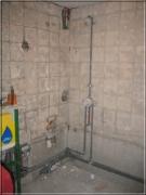 Евроремонт, цены. Перед евроремонтом ванной комнаты обязательным условием является полная замена труб канализации и водоснабжения.