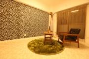 Eвроремонт квартир под ключ цены. Отделка стен разными материалами придает интерьеру неповторимый стиль.