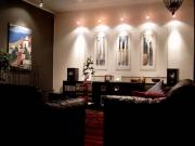 Евроремонт квартир. Стильная дорогая мебель обязательно должна сочетаться с интерьером.