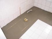 Евроремонт в хрущевке. Если Вы затеяли ремонт в хрущевке, то желательно заменить трубы водоснабжения и канализации, а также тщательно выровнять все поверхности.