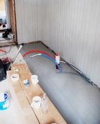 Хороший ремонт квартир. Выравнивание пола- обязательный этап, который необходимо выполнить перед укладкой напольного покрытия.