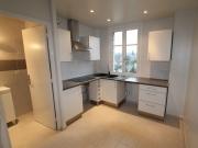 Комплексный ремонт квартир под ключ. Кухня  после ремонта. Мы предлагаем не только оригинальные технические решения, но и подбираем качественные материалы.