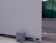 Монтаж автоматических ворот. Автоматические откатные ворота установят мастера нашей компании.