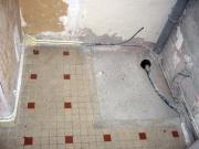 Монтаж душевого поддона. Подготовка пола и подключение к системам канализации и водоснабжения - важный этап при установке душевого поддона.
