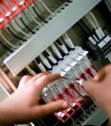 Монтаж электропроводки. Подключение автомата лучше доверить профессионалам.