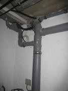 Монтаж канализации в частном доме. Монтаж канализационного стояка.