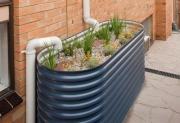 Монтаж ливневой канализации. Дождевую воду можно использовать  для полива растений.