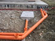 Монтаж наружной канализации. Прокладка труб в траншеи - один из этапов монтажа наружной канализации.