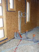 Монтаж труб канализации. Вывод труб канализации из подвала в дом.