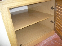 Монтаж встроенного шкафа, демонтаж. Монтаж встроенного шкафчика в нишу.