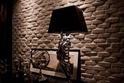 Нужен ремонт квартиры. Отделка стены панелями под кирпич - это очень стильно и модно.