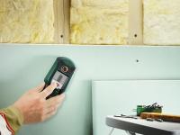 Обнаружение электропроводки. Наши электрики для обнаружения электропроводки используют  специальные детекторы.