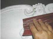 Обновление мебели. Снятие старого покрытия, реставрация - важные этапы при обновлении мебели.