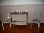 Покраска старой мебели. Мы предлагаем огромный выбор вариантов покраски: однотонные, металлики, перламутры, матовые и глянцевые, роспись, патина, декупаж, хамелеон.
