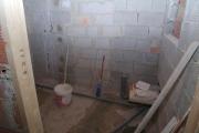 Поменять канализацию. Идеальный вариант – канализация из ПВХ, которая прослужит не один десяток лет.