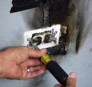 Проблемы с проводкой. Возгорание в розетке из-за короткого замыкания.