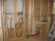 Проводка в деревянном доме цена. Если у Вас возникнут вопросы по проводке электрики в деревянном доме, позвоните. Наш электрик проконсультирует Вас по вопросам проводки в деревянном доме.