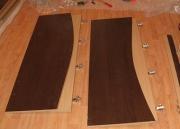 Регулировка дверных петель. Регулировка дверных петель на дверцах шкафчиков минутная работа для наших мастеров.