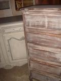 Реконструкция мебели. Старинный комод до реставрации. Был поврежден в пожаре.