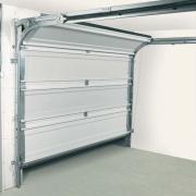 Ремонт автоматических гаражных ворот. Автоматические гаражные ворота имеют много узлов и соединений, поэтому необходимо постоянно следить за их исправностью.