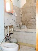 Ремонт четырехкомнатной квартиры. Демонтажные работы наша бригада проведет быстро и вывезет весь строительный мусор.