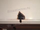 Ремонт и реставрация мебели. Упавшая свечка  повредила поверхность комода. Фото мастера-реставратора Николая Ш.