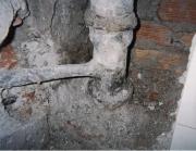 Ремонт канализации. Замена чугунных труб канализации.