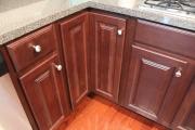 Ремонт корпусной мебели. Отремонтированные дверцы кухонного гарнитура.