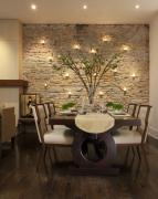 Ремонт квартир фото. Зона столовой в восточном стиле.