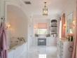 Ремонт квартир фото. Ванная комната в пастельных тонах.