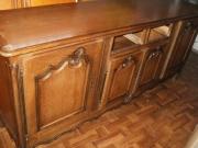 Ремонт мебели из дерева. Деревянный комод. Необходимо было сделать потерянные при переезде ящики, восстановить декор.