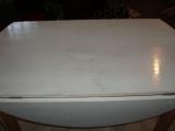 Ремонт мебели кухни. Стол после ремонта и покраски.