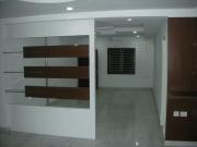 Ремонт однокомнатной квартиры в новостройке. Если в комнате предполагается создание нескольких зон, то одна из зон становится доминирующей и играет роль основного элемента дизайна.