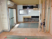 Ремонт однокомнатной квартиры. Зонирование однокомнатной квартиры при помощи перегородок и встроенных шкафов.