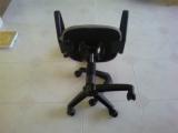 Ремонт офисной мебели.  В офисе очень часто ломаются стулья.