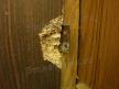 Ремонт шкафов. Шарнир дверцы шкафа вырвало