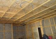 Ремонт в деревянной квартире. Замена электропроводки в деревянной квартире должна производиться специалистами с учетом всех требований безопасности.