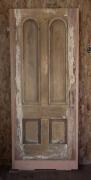 Реставрация дверей Москва. Межкомнатная старая дверь до реставрации.