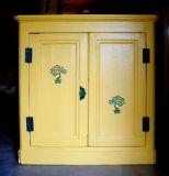 Реставрация кухни. Кухонный шкафчик после реставрации.