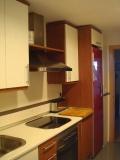Реставрация кухонной мебели. Старая кухня до реставрации.