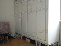 Реставрация мебели из дерева. Отреставрированный шкаф спального гарнитура.