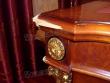 Реставрация мебели. Поврежденный угол письменного стола. Вид сбоку. Фото мастера-реставратора Николая Ш.